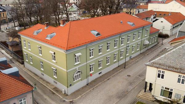 Fayegården sett fra fasaden ut mot Svenskegata (Foto/Photo)