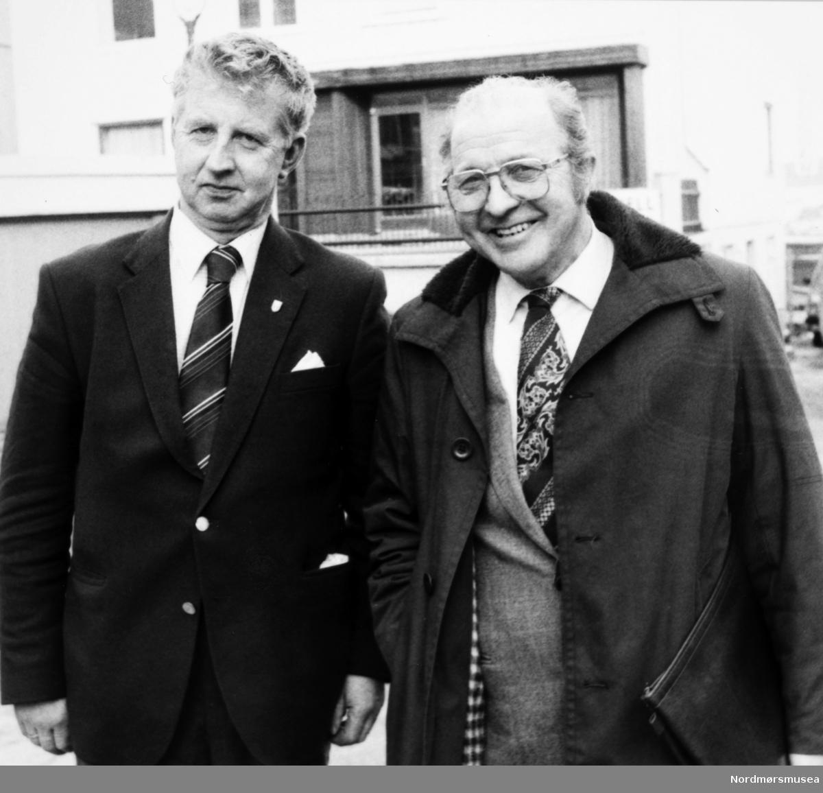 Til venstre: Arnt Astad. Bildet er fra avisa Tidens Krav sitt arkiv i tidsrommet 1970-1994. Nå i Nordmøre museums fotosamling.