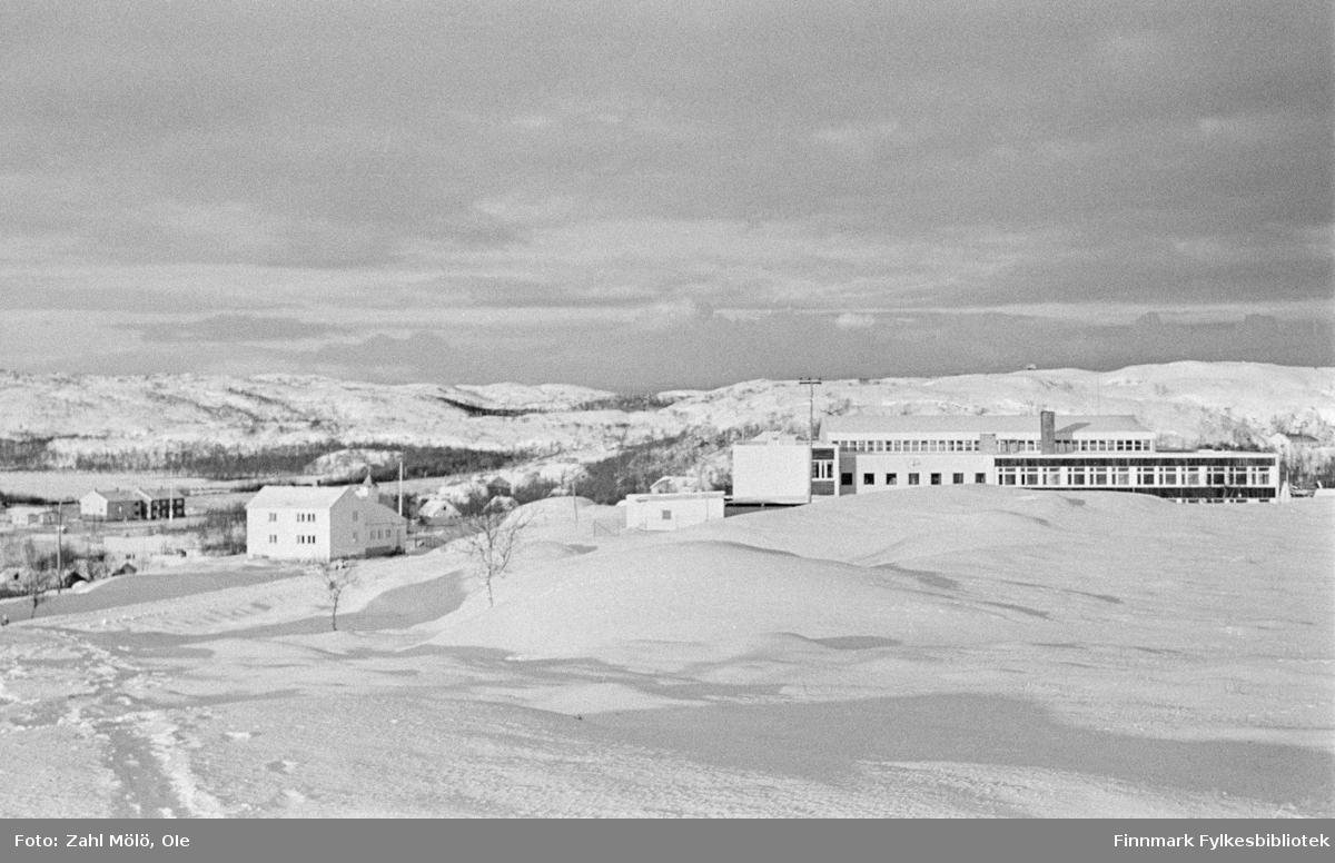 """Dette er Varanger Bataljon. """"Tanahus"""" i Bonakas, på 1970-tallet."""
