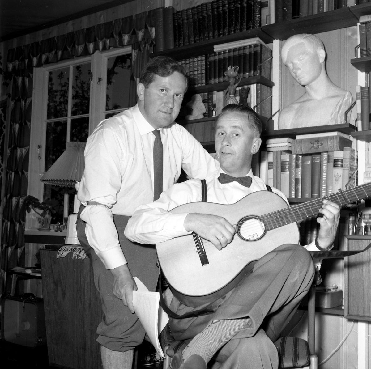 Dagfinn Grønoset og Vidar Sandbeck, 1960. Foto: Grønoset (Rise?) (Foto/Photo)