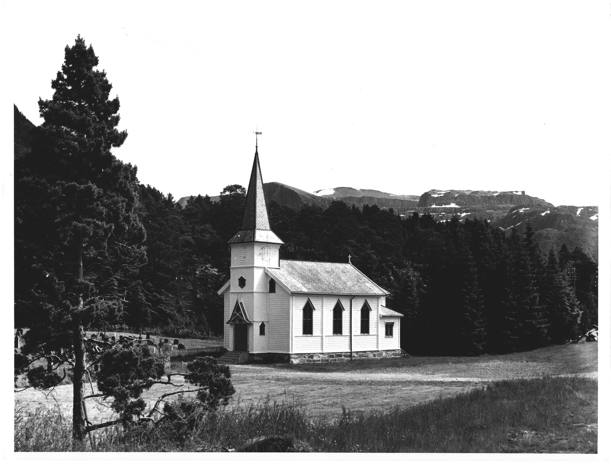 Midtgulen kirke