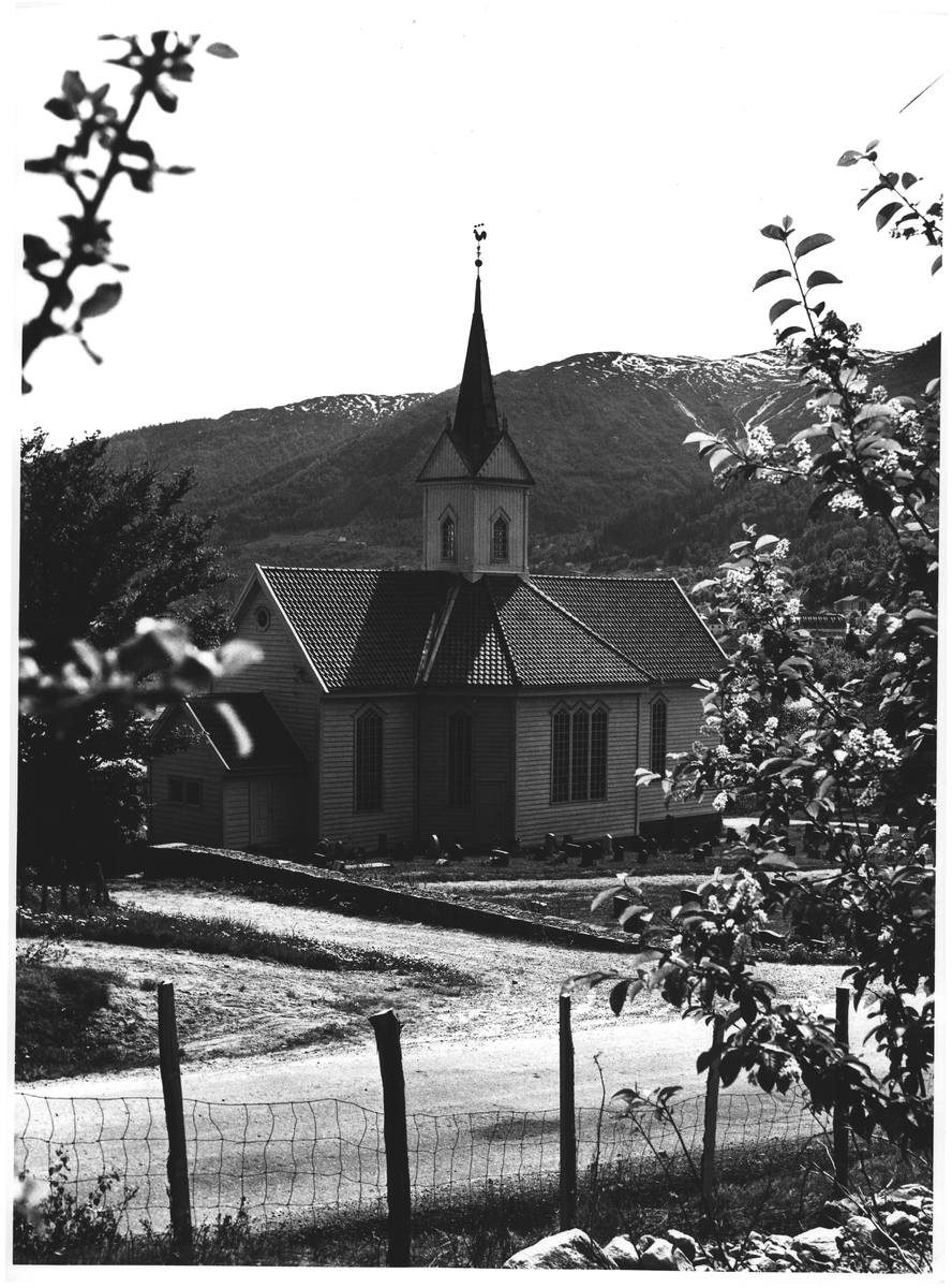 Tjugum k. v/ Balestrand. Sogn