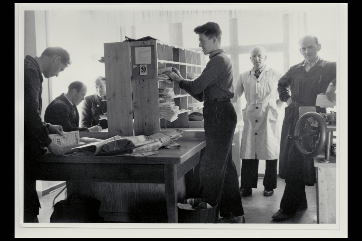 interiør, postkontor, 6100 Volda, budavdeling, sortering, personale