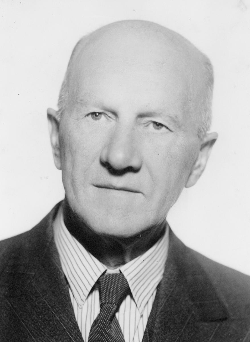 portrett, postmester, Reidar Evjen