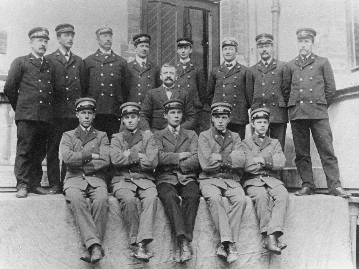 gruppebilde, Bergen postkontor, transportpersonale, menn
