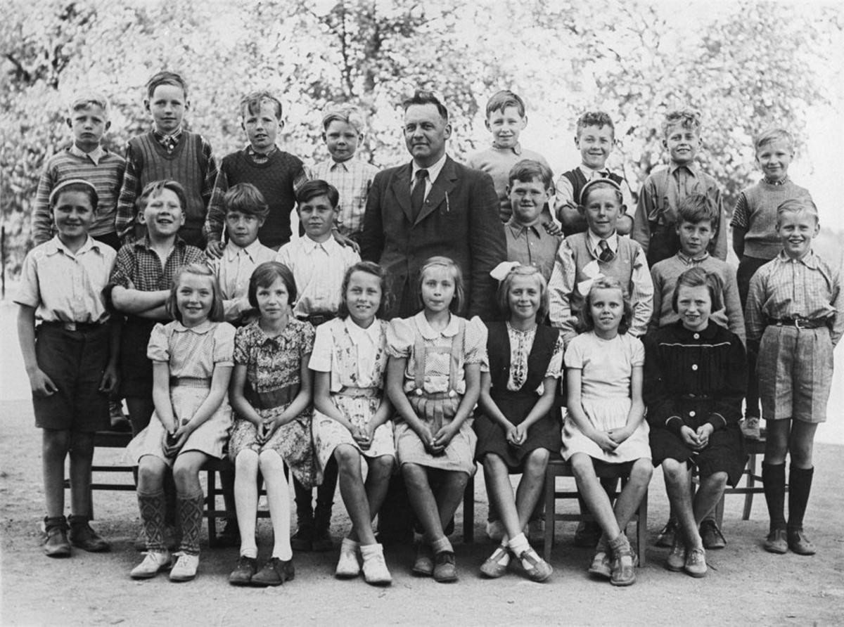 Elever ved Kontra skole 1946.