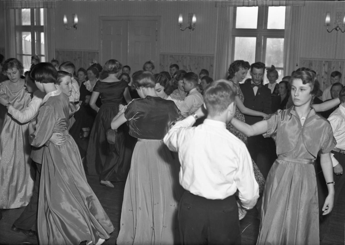 Ungdom som danser.