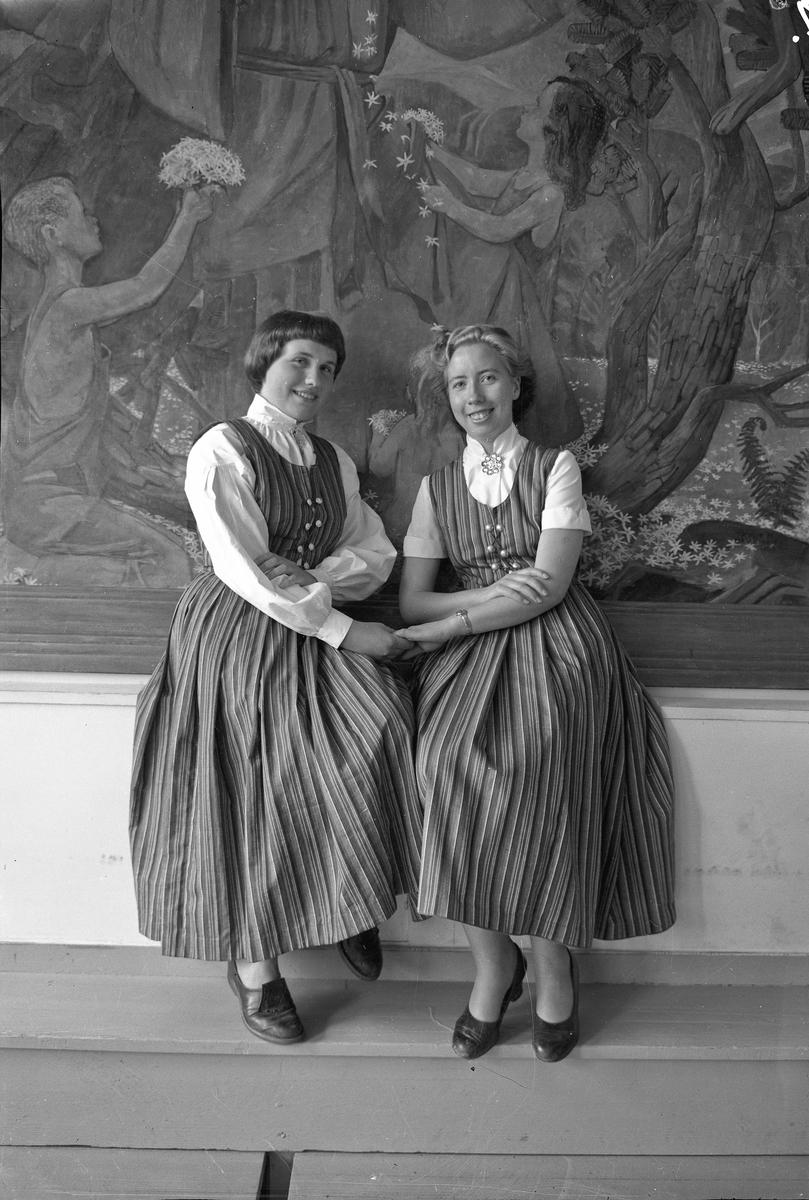 2 kvinner.