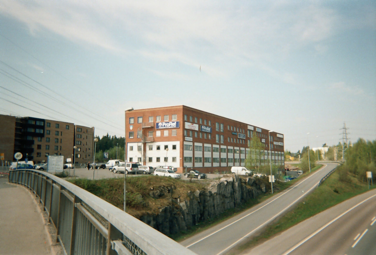 Motiv fra Lørenskog  Industribygg langs Strømsveien