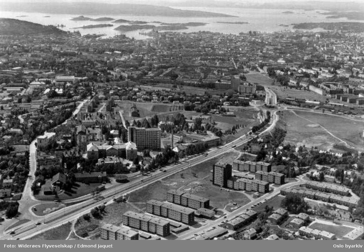 Tronheimsveien, Disengrenda, Muselunden, Sinsenkrysset, Oslofjorden (Flyfoto)
