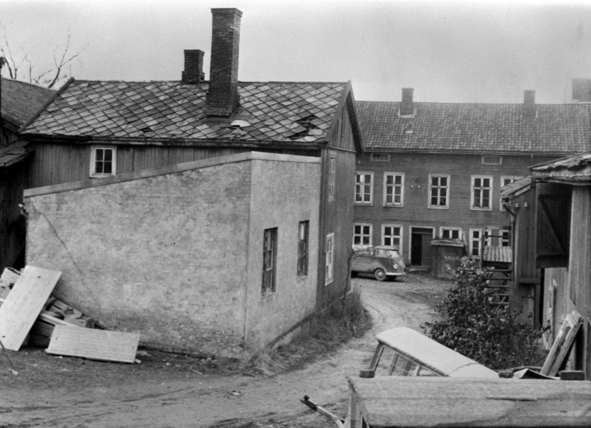 EKSTERIØR ØVRE GÅRDSROM, TORGGATA 91