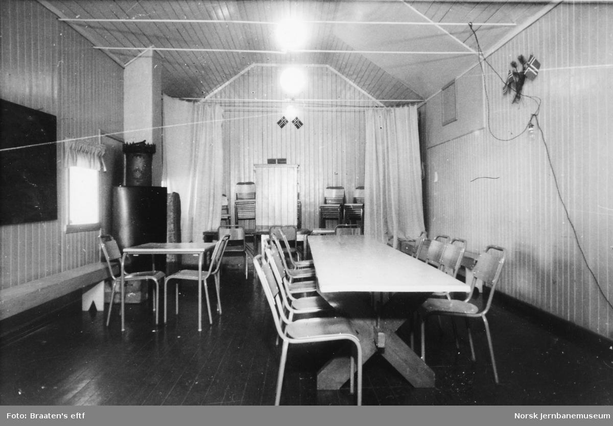 Myrdalsleite forsamlingshus, interiør