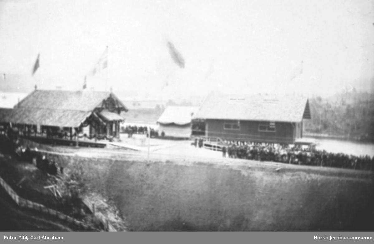 Randsfjord stasjon ved banens høytidelige åpning