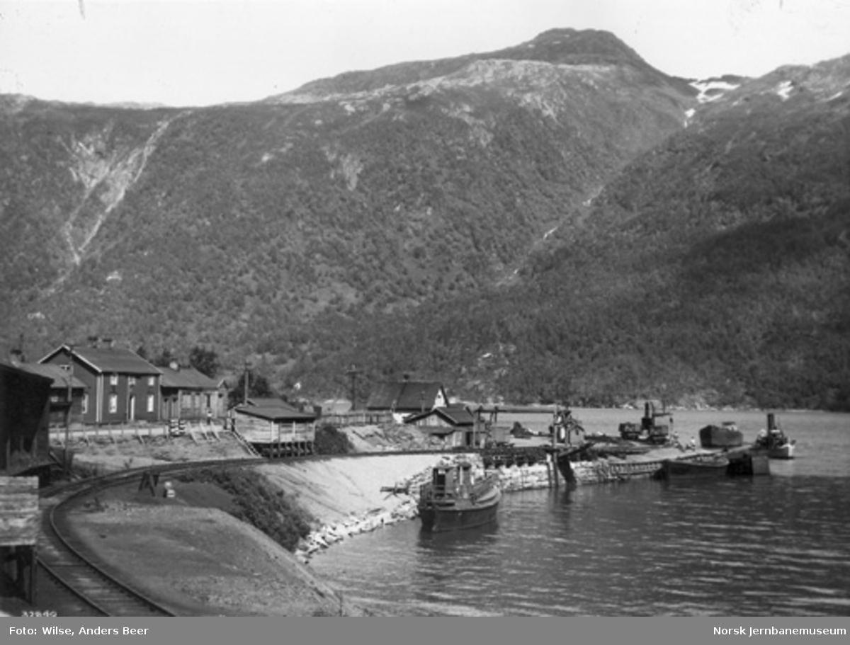 Sjønstå stasjon med kaianlegget
