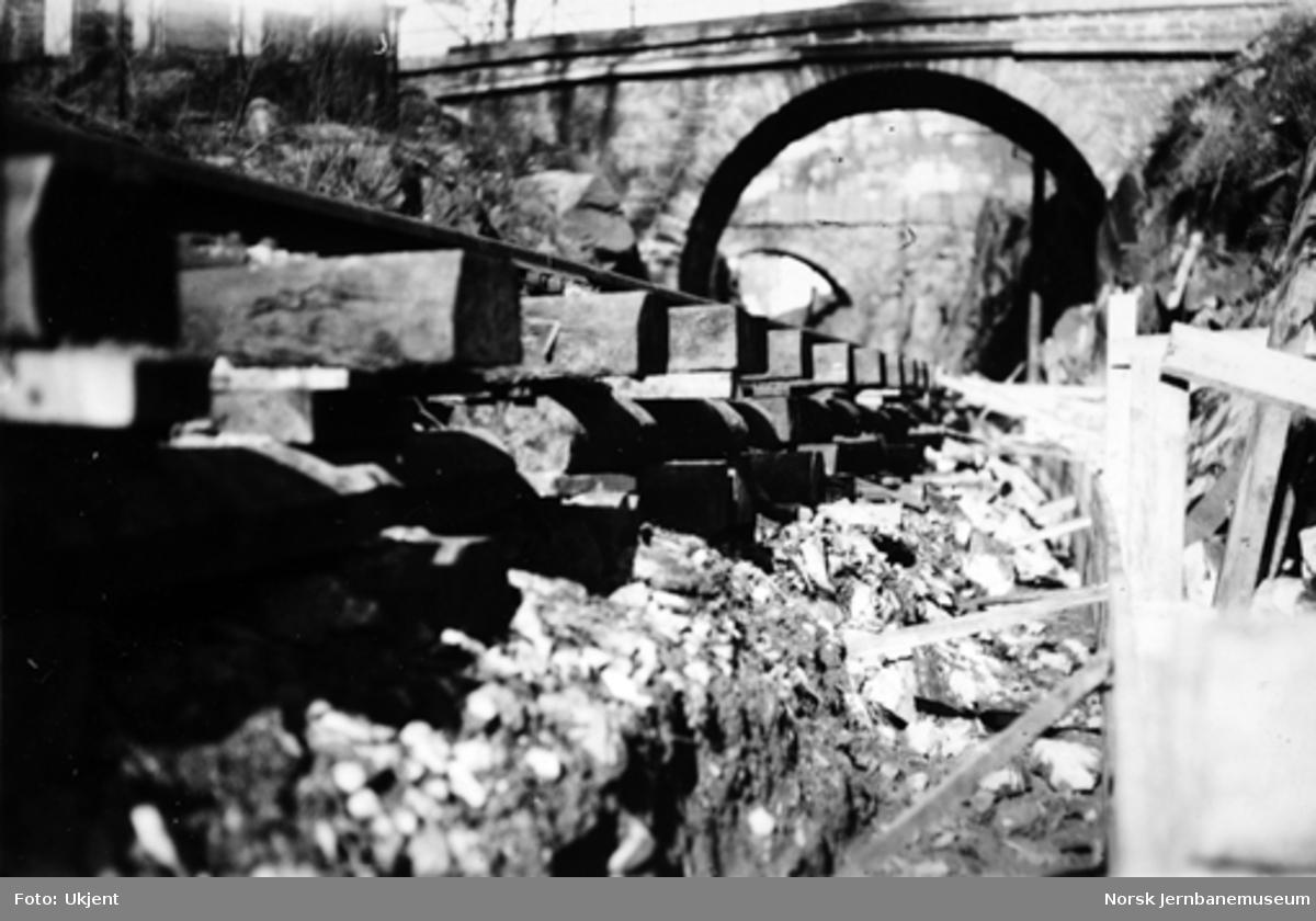 Vossebanens ombygging : senking av Kronstad tunnel