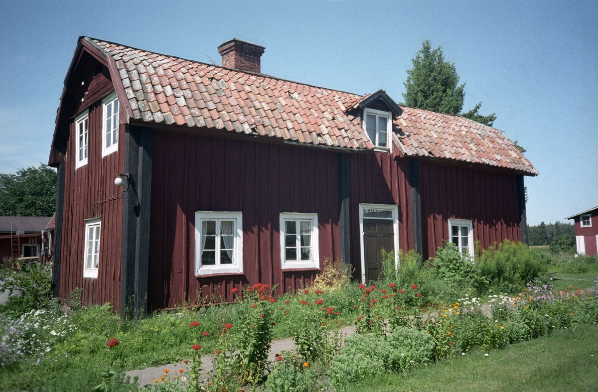 Vy ver Skuttunge by 5:1, Skuttunge socken, Uppland 1976
