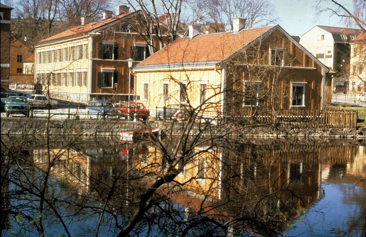 Walmstedtska gården vid Fyrisån, Uppsala 1975