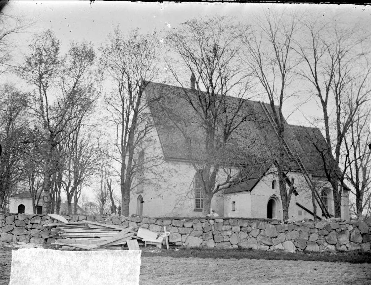 Funbo kyrka, Funbo socken, Uppland