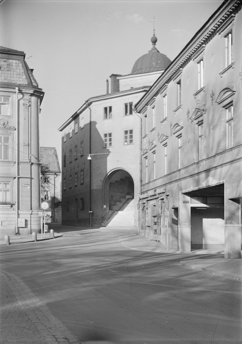 Domtrapphuset och Gillberska huset vid Fyristorg, stadsdelen Fjärdingen, Uppsala