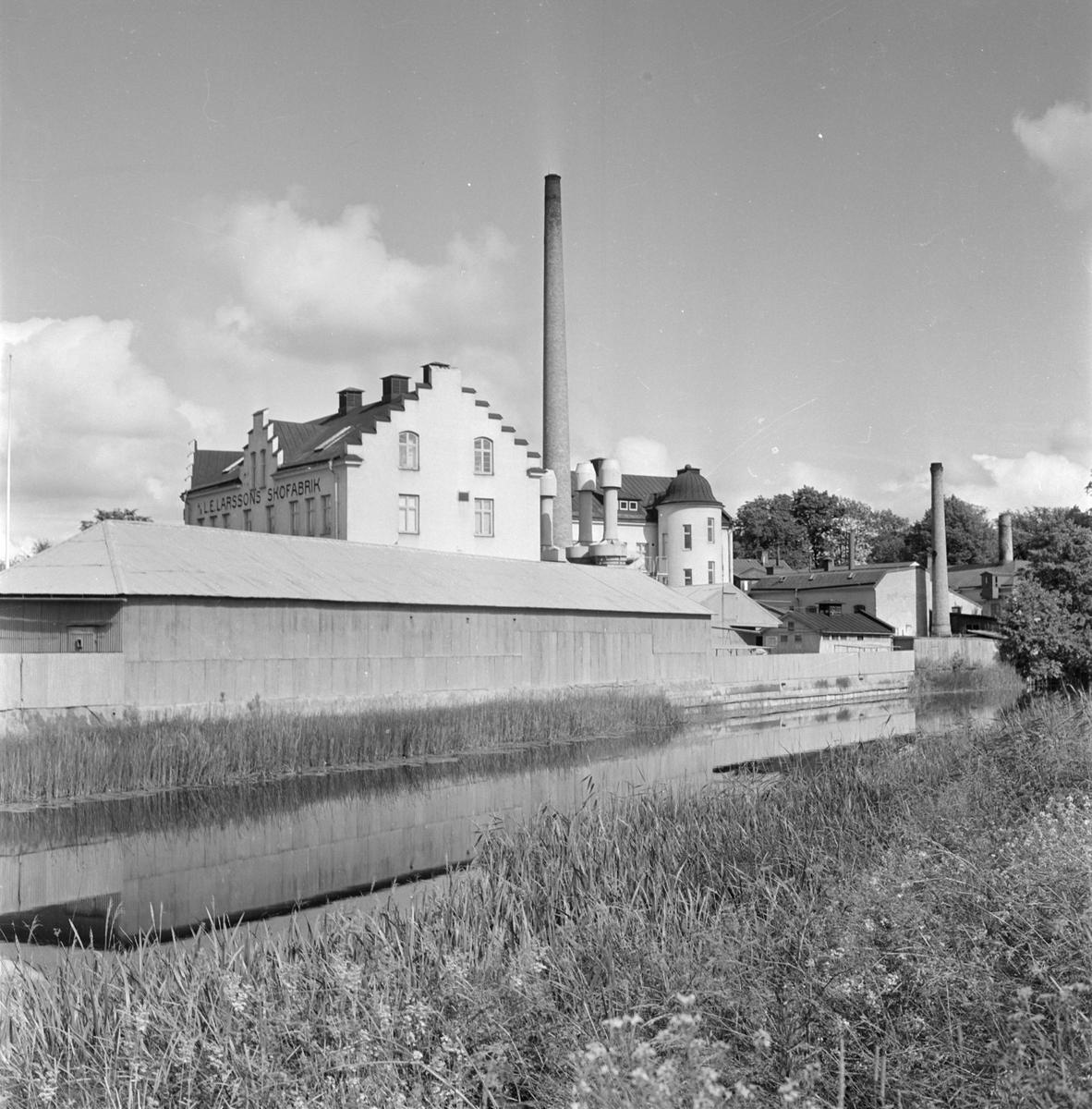 Hästens skofabrik, AB L E Larsson & Co, vid Fyrisån, Svartbäcken, Uppsala