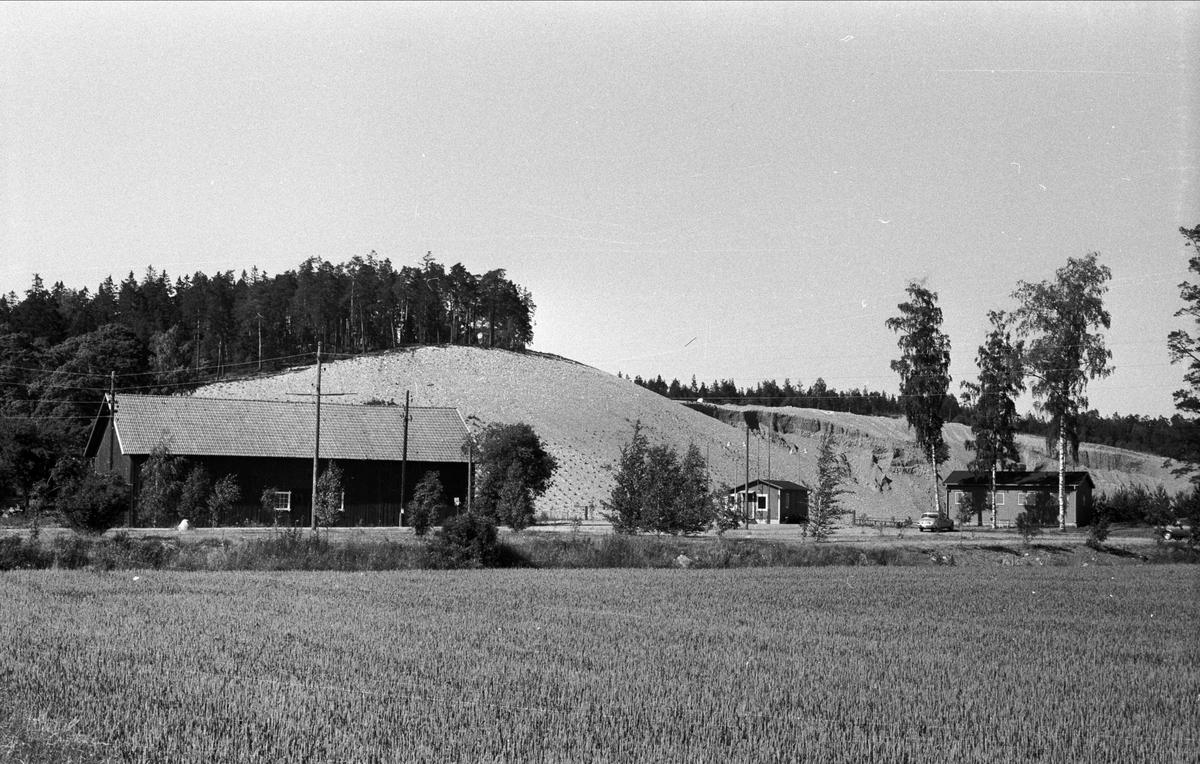 Vy över Åsby 5:1, Björklinge socken, Uppland 1976