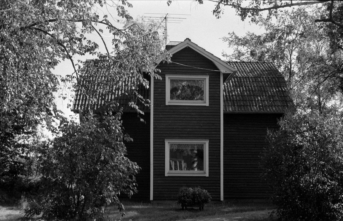 Bostadshus, Gränby 2:7, Björklinge socken, Uppland 1976