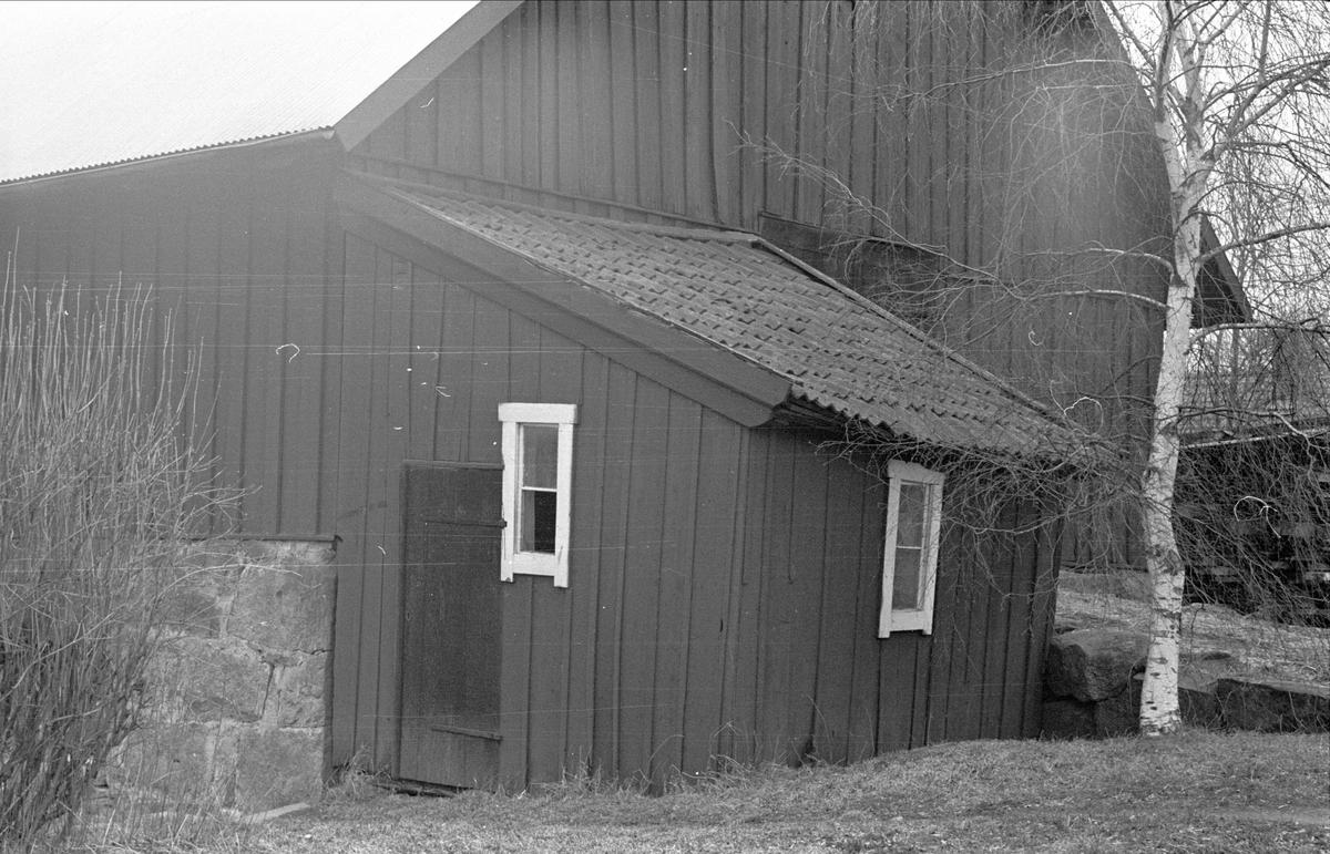 Materialbod, Östa 1:2, Ärentuna socken, Uppland 1977