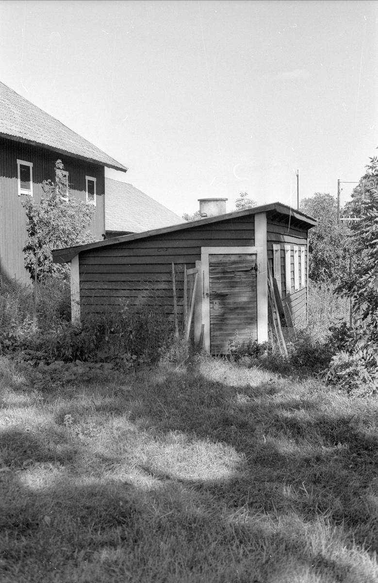 Ekonomibyggnader, Halmbyboda 2:1, Halmbyboda, Funbo socken, Uppland 1982