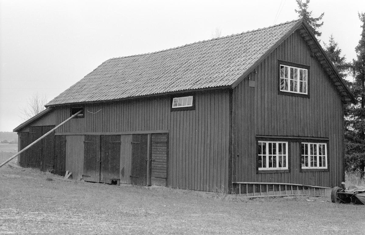 Magasin, Värnbo, Hagby-Forsa 2:3, Hagby socken, Uppland 1985