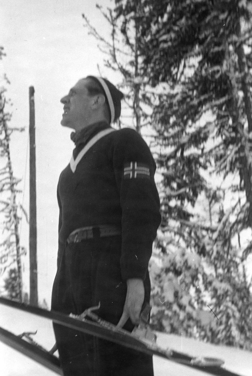 Petter Hugsted at the arena in the Winter Olympics in St. Moritz 1948.