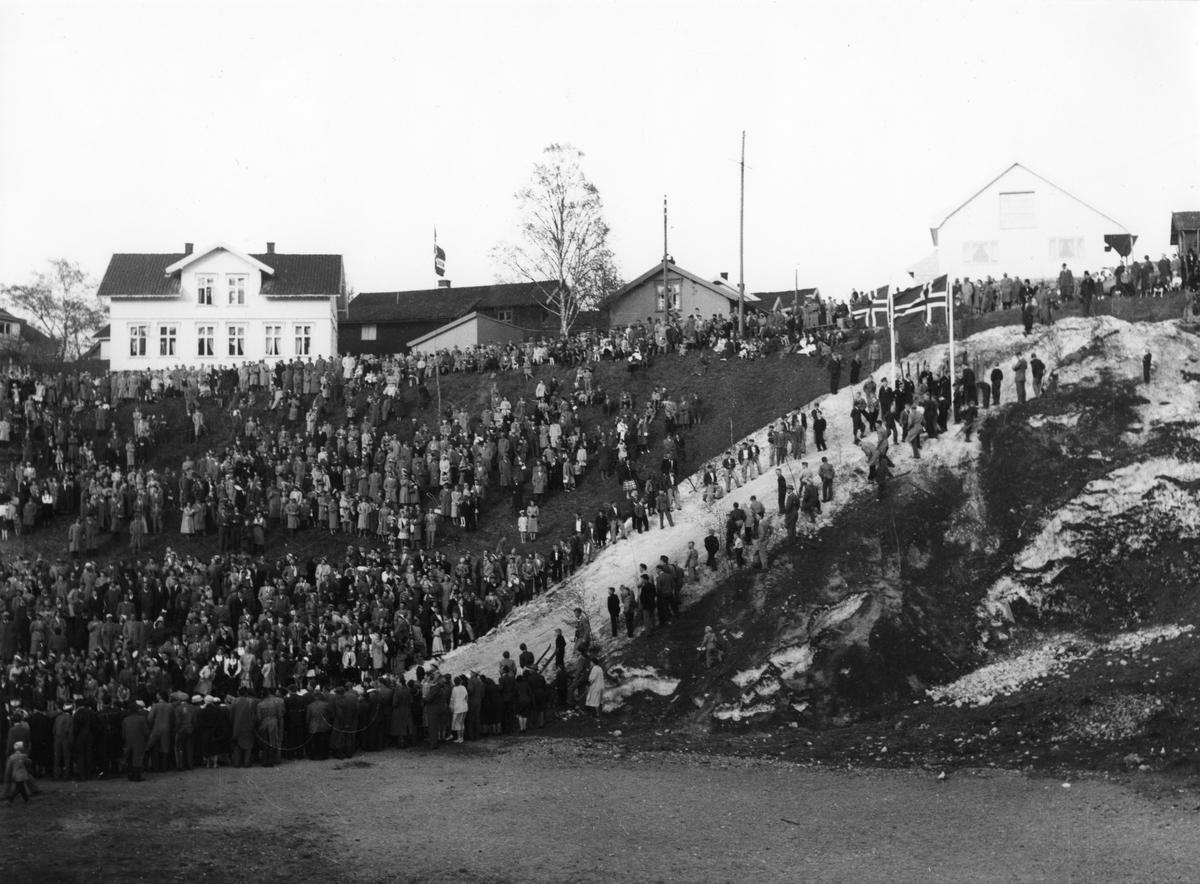 Carnival ski show at Skauløkka, Kongsberg, June 24, 1951.