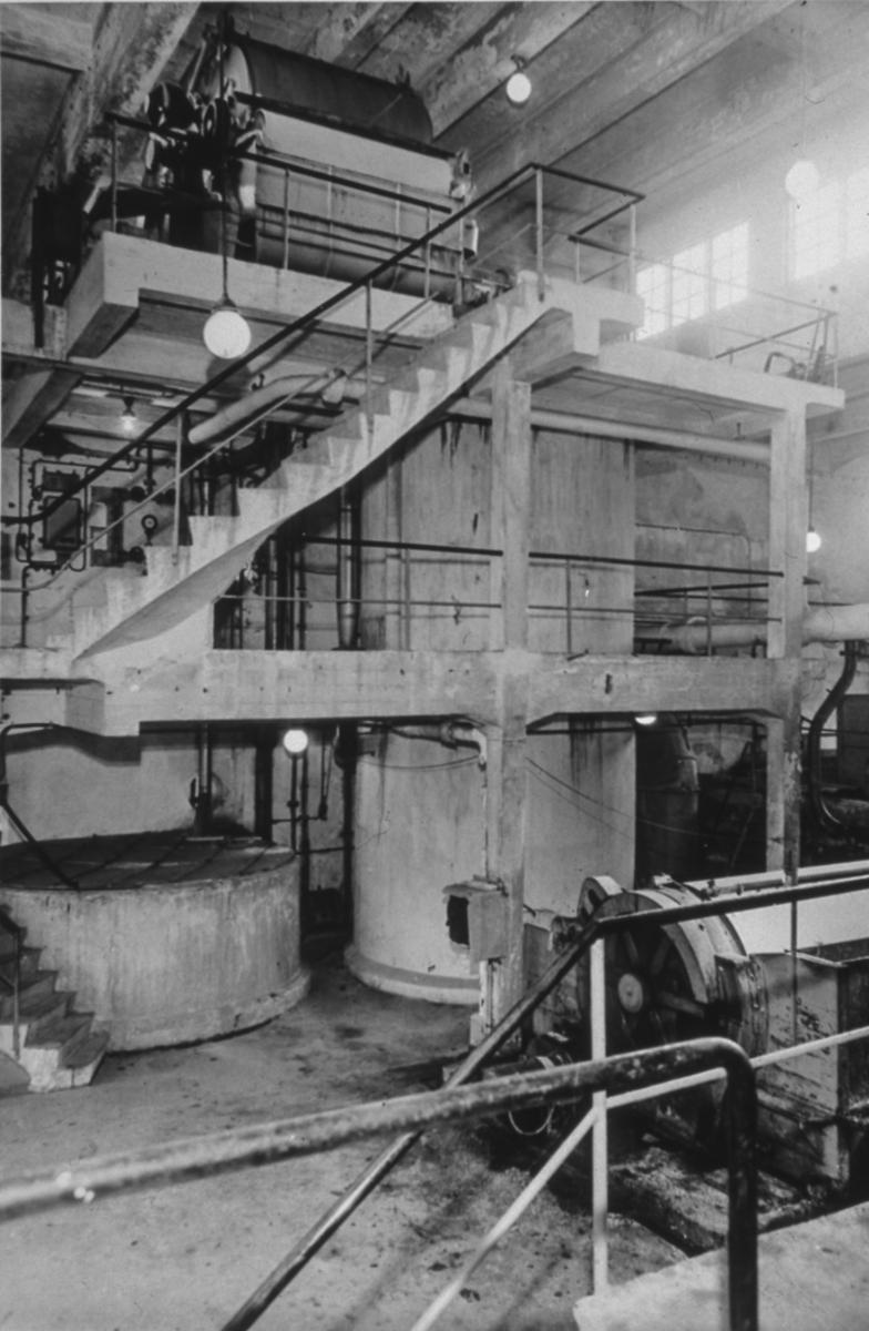 Bøhnsdalen. Cellulose-/papirfabrikk