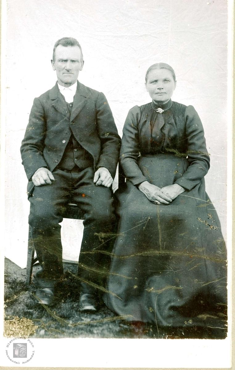 Ekteparet Søren og Anna Øydna, Grindheim.