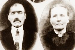 Portrett av ekteparet Ole og Josefine Vårdal. Grindheim Eike