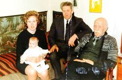 Fire generasjoner Hårtveit. Audnedal.