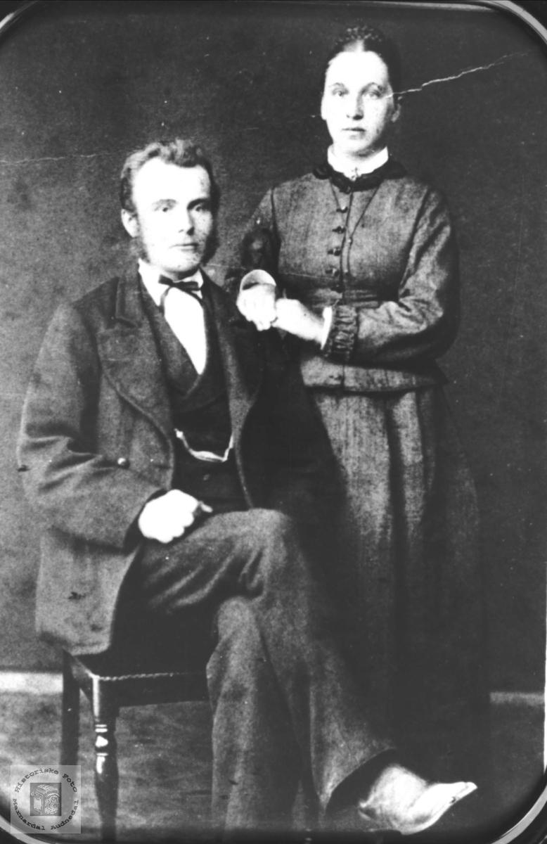 Ekteparet Kristen Heddeland og Ragnhild Sveinall med tilknytning til Øyslebø og Laudal.