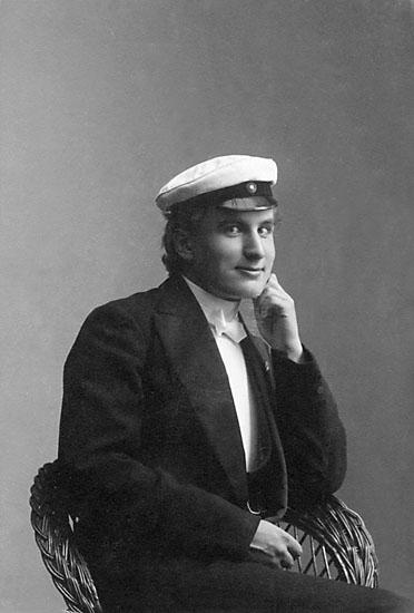 """Stämpel på framsidan: """"Märtha Hammarström, Upsala."""" Stämpel på baksidan: """"Märtha Hammarström, Upsala, Kungsängsg. 7."""""""