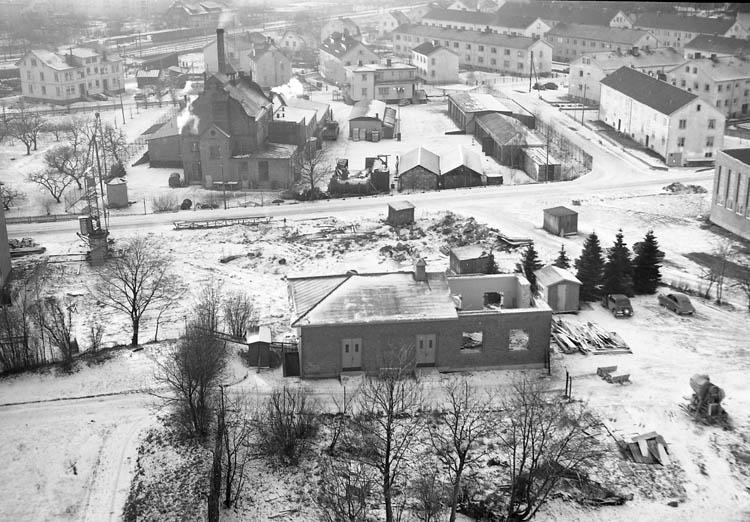"""Enligt notering: """"Vintergatan. Ny lasarettsbebyggelse (från 7 vån) 23-1-56. Foto Knut""""."""