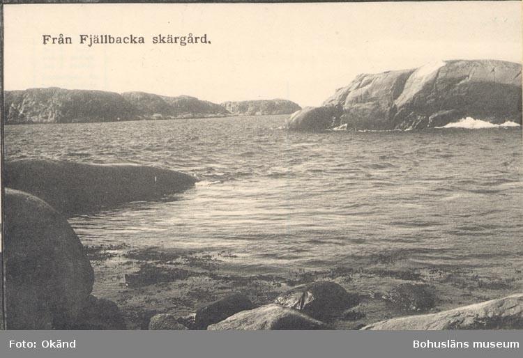 """Tryckt text på kortet: """"Från Fjällbacka skärgård"""".               ::"""