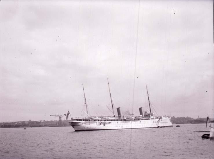 """Enligt text som medföljde bilden: """"Kiel, Hohenzollern Sept. 13."""""""