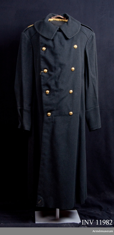 Grupp C I. Kappa m/1886 med löst kappfoder för indelta arméns stammanskap. Förmodad gåva från Arméns intendenturförråd i Stockholm.