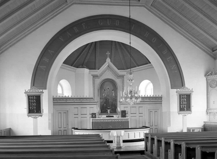 """Uppgift enligt fotografen: """"Lane Ryr. Interiör Kyrkan."""""""