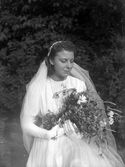 """Text till bilden:""""Bröllop Häller. Ulvesund""""."""