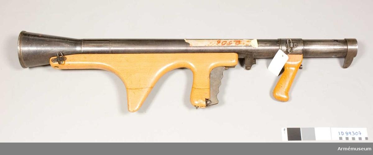 47 mm granatgevär fm/1945
