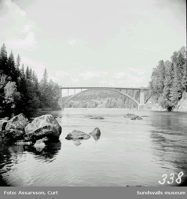 Bron över Ljungan  vid Wiforsen.