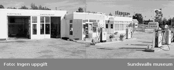 BP:s bensinstation i Vi Alnö, intill Alnöbron. Stationen uppfördes 1963-1964.