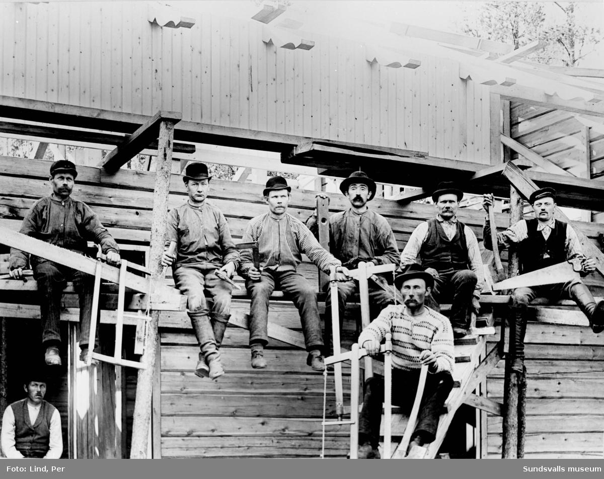 "Alby 1898. ""Timmermän""."