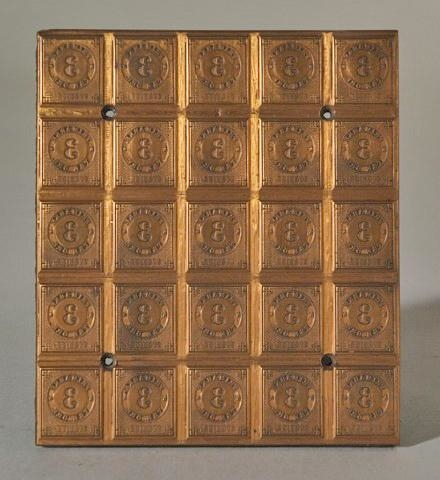 """Tryckplåt till frimärket """"Ringtyp"""" som utgavs 1872. Tryckplåten består av 25 märkesbilder med valören 3 öre."""