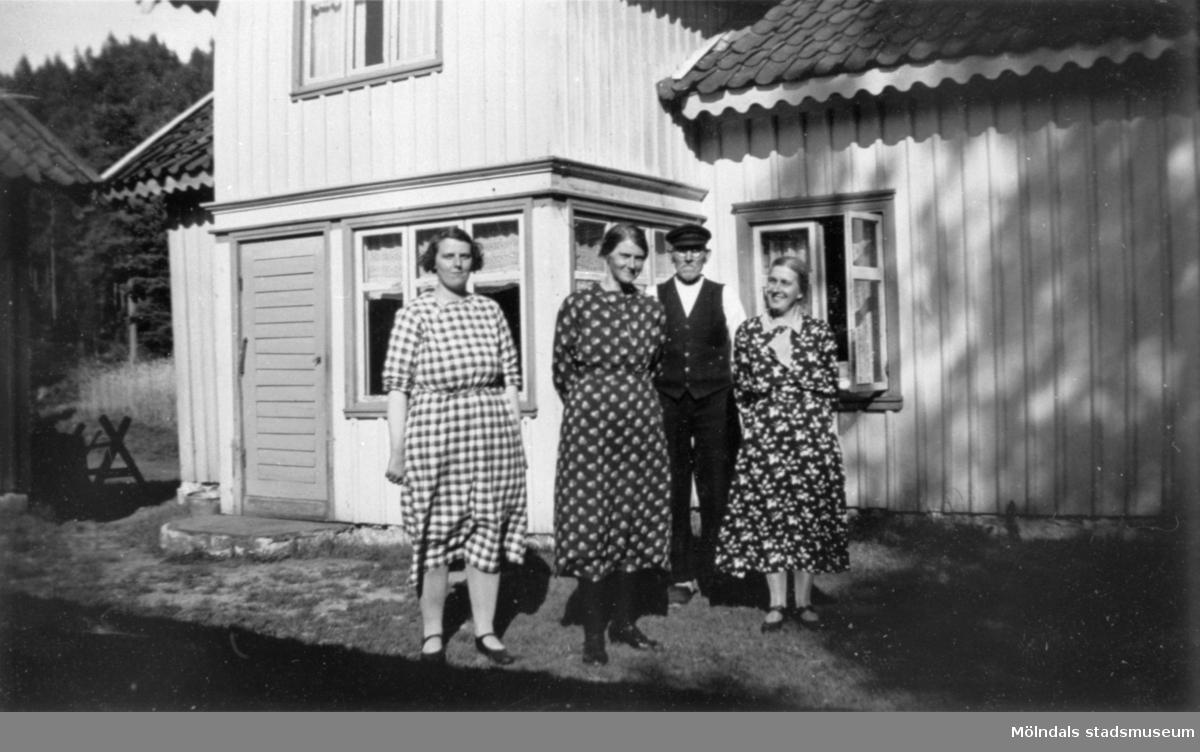 Arvid Svenssons släktingar vid Nersgården i Hällesåker. Möjligen hans farbror och faster.