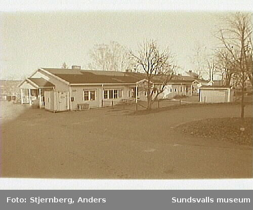 Foto inför deltaljplaneändring.Foto 13: Fd tomt nr 6 o 7, numera daghem.